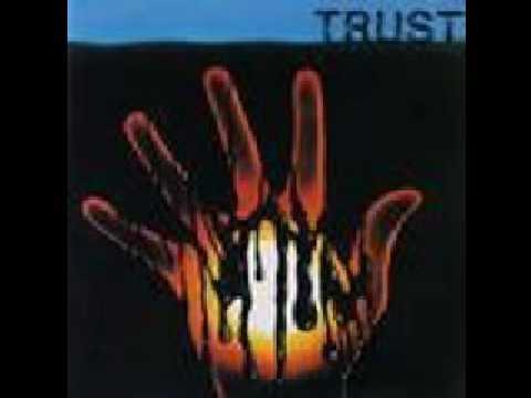 Tekst piosenki Trust - Saumur po polsku