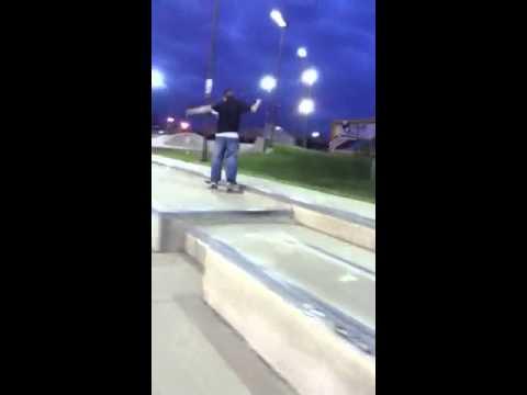 Skate video, lawrenceburg Indiana !!86!!!!