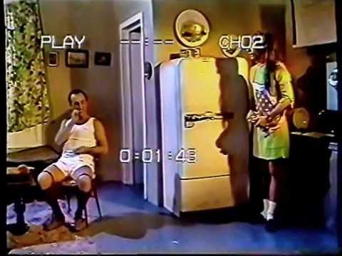 MUJER GOLPEADA -- (URDAPILLETA, TORTONESE Y GASALLA) -- (1992)