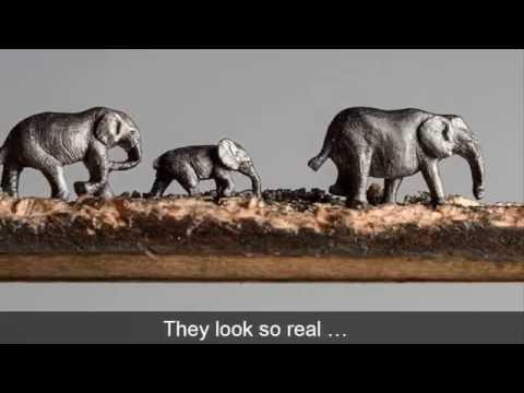 他只用了筆芯就能雕刻出讓人驚嘆的「大象全家福」,當鏡頭放大細節一看…我直接跪在電腦面前了!
