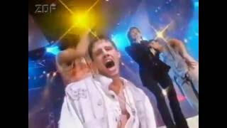 """1993 ZDF Pop Show - Take That feat. Lulu """"Relight my fire"""""""