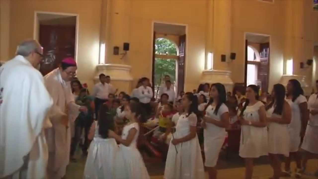 Bendición de imágenes de San José y San Josemaría en la Catedral de San Miguel, El Salvador