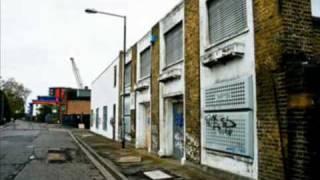Download Lagu Devlins Dagenham (OFFICIAL VIDEO - HQ) Mp3
