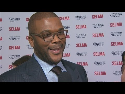 Amazing! Tyler Perry Cut The Cord At His Son Birth.