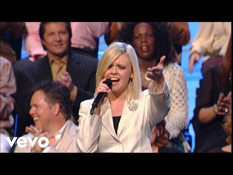 Bill & Gloria Gaither – Almighty [Live] ft. The Talley Trio