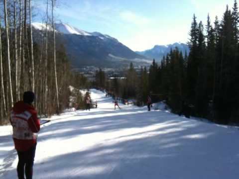 Holly Brooks Racing in the Canmore World Cup Freestyle (видео)
