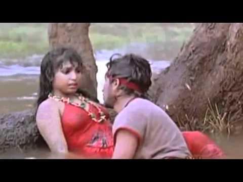 Desi Hot Mallu Aunty - Unknown Mallu Actress Wet Nipples