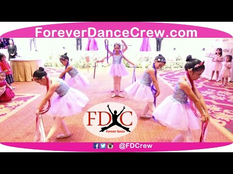 girl kids dance crew