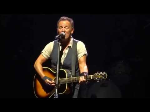 Bruce Springsteen - Long Walk Home(solo acoustic) - Pittsburgh - 9/11/16
