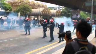 Latest BERSIH 2.0 Dramatic Footage & Al Jazeera LIVE Report (Susil'z)