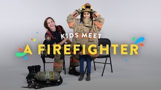 Video Kids Meet a Fire Fighter | Kids Meet | HiHo Kids MP3, 3GP, MP4, WEBM, AVI, FLV Februari 2018