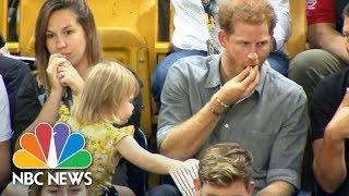 Video Cute Toddler Emily Henson Steals Prince Harry's Popcorn At An Invictus Games Event | NBC News MP3, 3GP, MP4, WEBM, AVI, FLV Oktober 2017