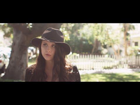 Tekst piosenki Savannah Outen - Closure po polsku