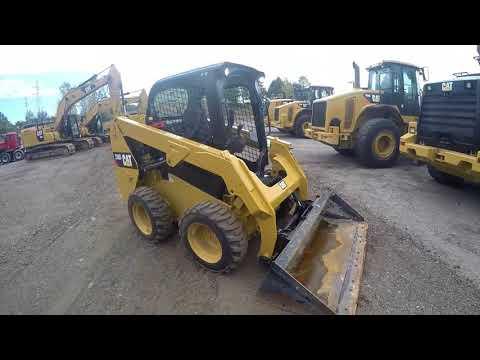 CATERPILLAR MINICARGADORAS 236D equipment video XbNegkFpWkw