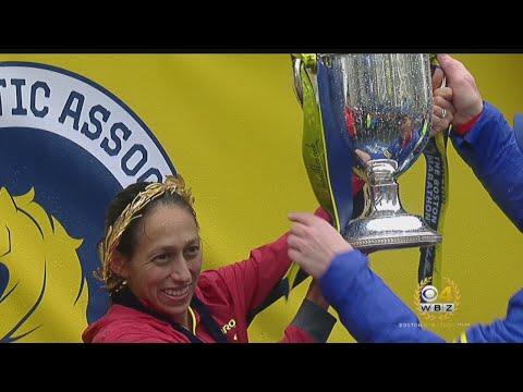 Desi Linden Celebrates Boston Marathon Title