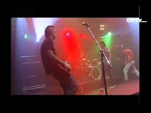 2 Minutos video Amor suicida - CM Vivo - Mayo 2009