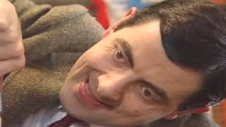 MrBean - Mr Bean - Making a hatch