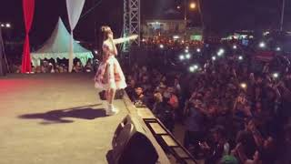 Video SAYANG __Via Vallen VIDEO CUPLIKAN Live Pulang pisau Kalimantan Tengah MP3, 3GP, MP4, WEBM, AVI, FLV November 2018