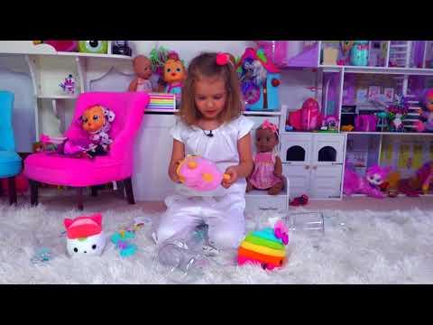 Катя сама сняла видео о новых игрушках . Katy Unboxing new toys (видео)