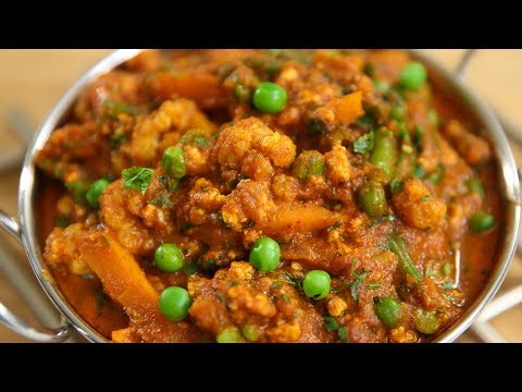 Vegetable Kurma | Mixed Vegetable Korma Recipe | Restaurant Style Korma | Recipe by Ruchi Bharani