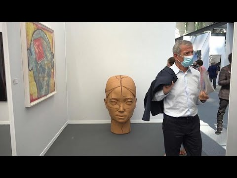 Η φουάρ του Παρισιού ανοίγει προσφέροντας στήριξη στους καλλιτέχνες και την αγορά…