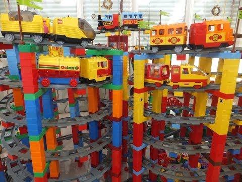 Lego Duplo Railway on MEGA circuit - Lego Duplo Eisenbahn