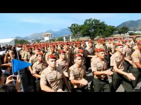 Brigada de Paraquedistas (Desfile de Formandos Pqdts - 2012)