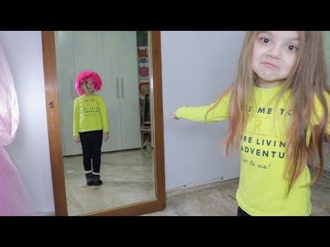 Video 5 COSE CHE CAPISCE SOLO LO SPECCHIO (funny kids) - Ameli tvit download in MP3, 3GP, MP4, WEBM, AVI, FLV January 2017