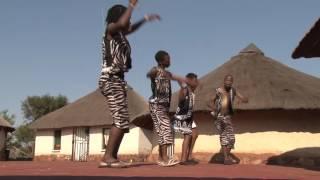 Video Amagcina Amahle - Esibayeni MP3, 3GP, MP4, WEBM, AVI, FLV September 2018