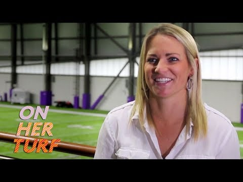 Video: Minnesota Vikings are family for scouting coordinator Kelly Kleine | On Her Turf | NBC Sports