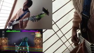 Here is Audrey (13) playing Rocksmith -Vertigo - U2! Just got back from the States. Vertigo - U2 from the recent DLC pack.