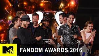 Video Teen Wolf Cast Wins Fandom of the Year | Fandom Awards 2016 | MTV MP3, 3GP, MP4, WEBM, AVI, FLV Mei 2017