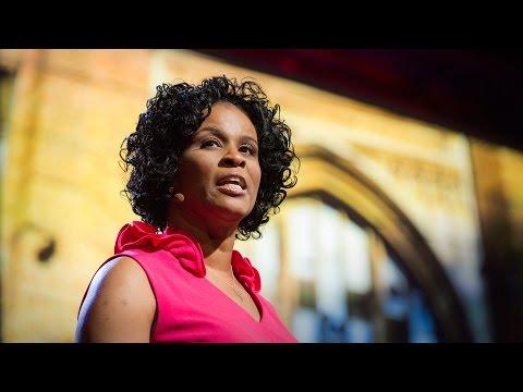 Linda Cliatt-Wayman: How to fix a broken school? Lead fearlessly, love hard