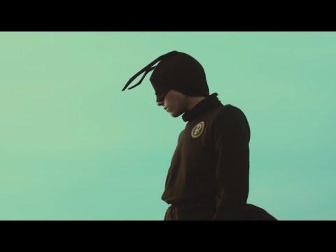 Tekst piosenki Czarny HIFI - Nadzieja (feat. Iza Kowalewska) po polsku