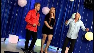Kemal Malovcic, Mujo Isanovic & Adela Secic videoclip Dva Jarana A Ja Sama (Live)