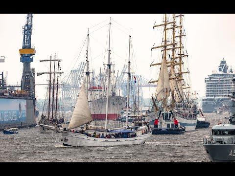 829. Hafengeburtstag eröffnet: So spektakulär war d ...