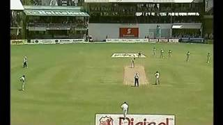 Brian Lara 176 2005 vs South Africa - GENIUS BATTING!