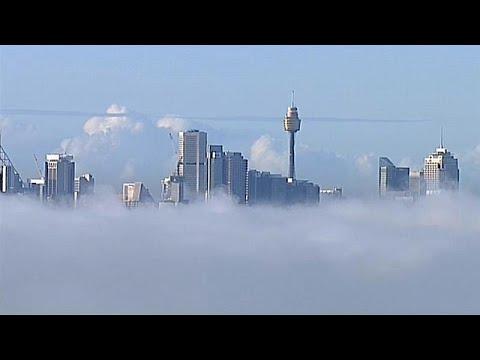 Australien: Dichter Nebel lässt Sydneys Wahrzeichen v ...