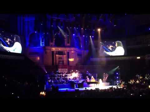 Concierto completo de Yanni en Londres 2014