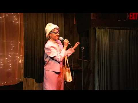 Etta Mae Mumphries stand up at the Hollywood Bar & Grille