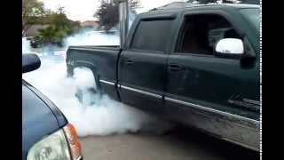 My buddy doin a burnout in the duramax for more cool stuff please comment, rate and subscribe