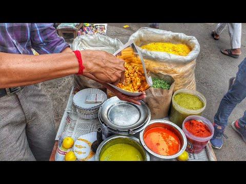 Mumbai Bhel Puri Wala || Best Roadside Mumbai street food || Street food India