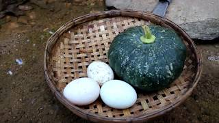 Video Survival skills: Eggs in the pumpkin burned in the ground for food - Cooking eggs eating delicious MP3, 3GP, MP4, WEBM, AVI, FLV November 2018