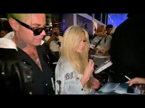 Avril Lavigne And Mod Sun Soak Up The Attention Following BOA Date Night
