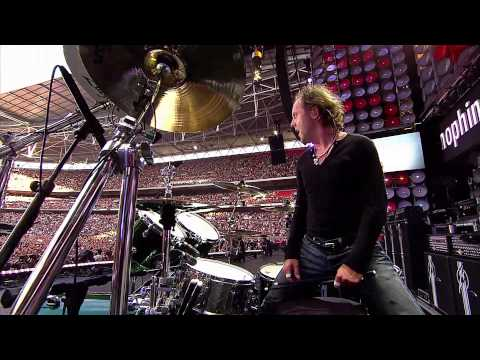 Download Lagu Metallica -  Enter Sandman 2007 Live Video Full HD Music Video
