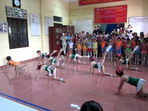 Aerobic Tiểu học Dân Chủ   Hưng Hà   Thái Bình