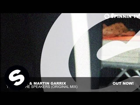 Afrojack, Martin Garrix - Turn Up The Speakers (Original Mix)