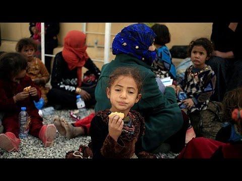 Χιλιάδες άμαχοι εγκαταλείπουν τη Μοσούλη