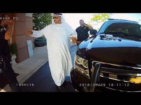 ΗΠΑ: «Δημόσια συγγνώμη» για τη σύλληψη Άραβα επειδή… φορούσε κελεμπία