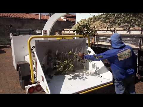 Picador  / Triturador de troncos e galhos Lippel - PTU 300
